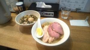麺尊RAGEの特性つけ麺(煮干し)の写真