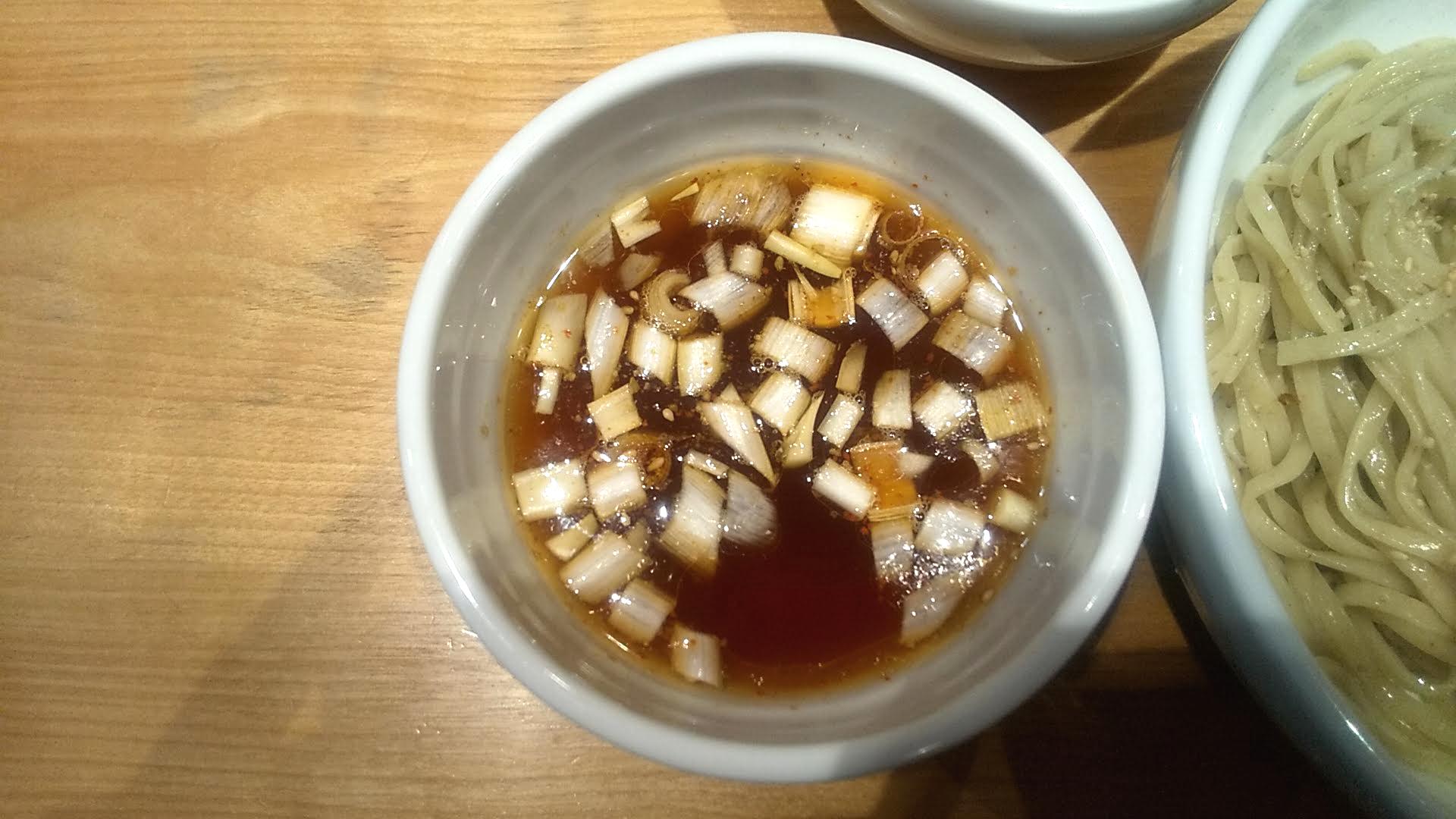 佐々木製麺所のつけ麺のつけ汁の写真