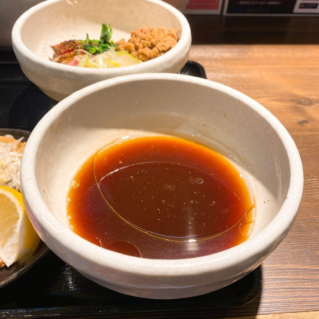 鴨出汁中華蕎麦 麺屋yoshikiのスープ