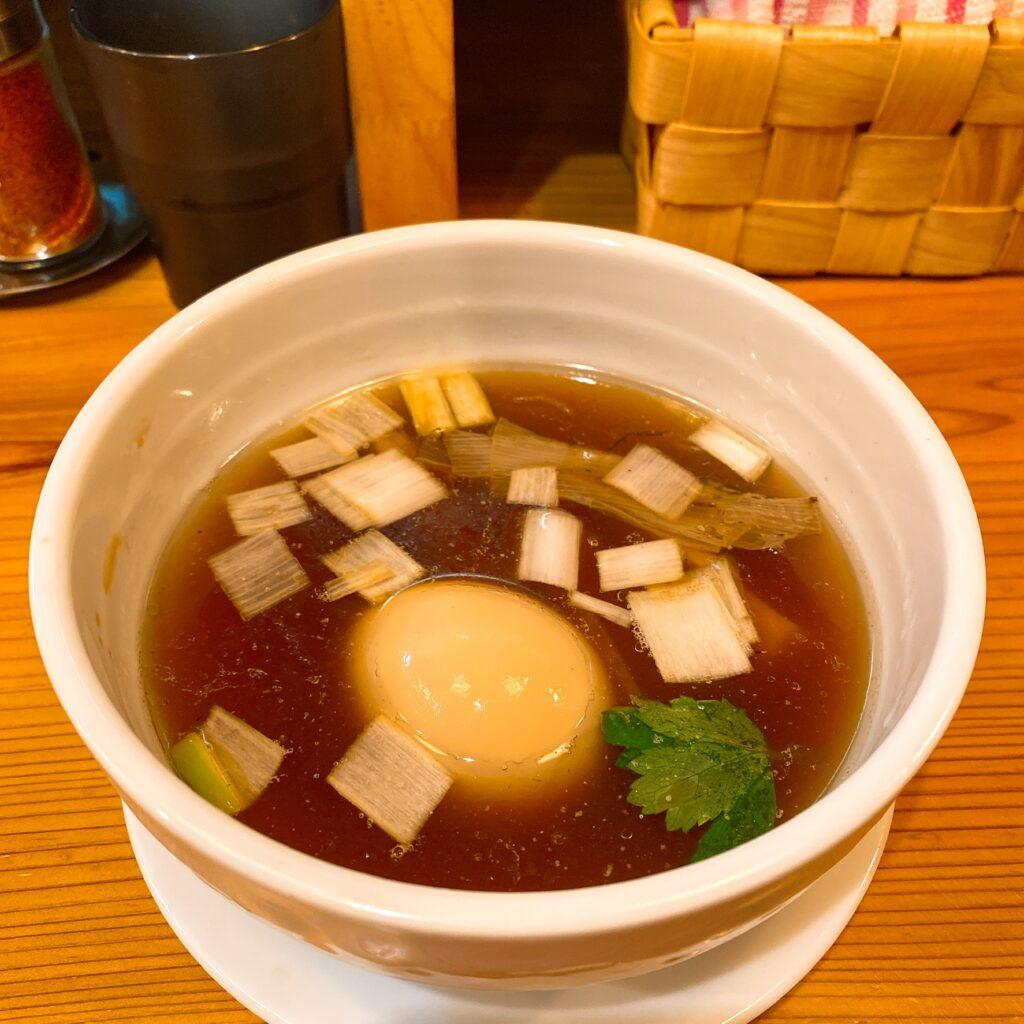 麺堂にしきのスープ