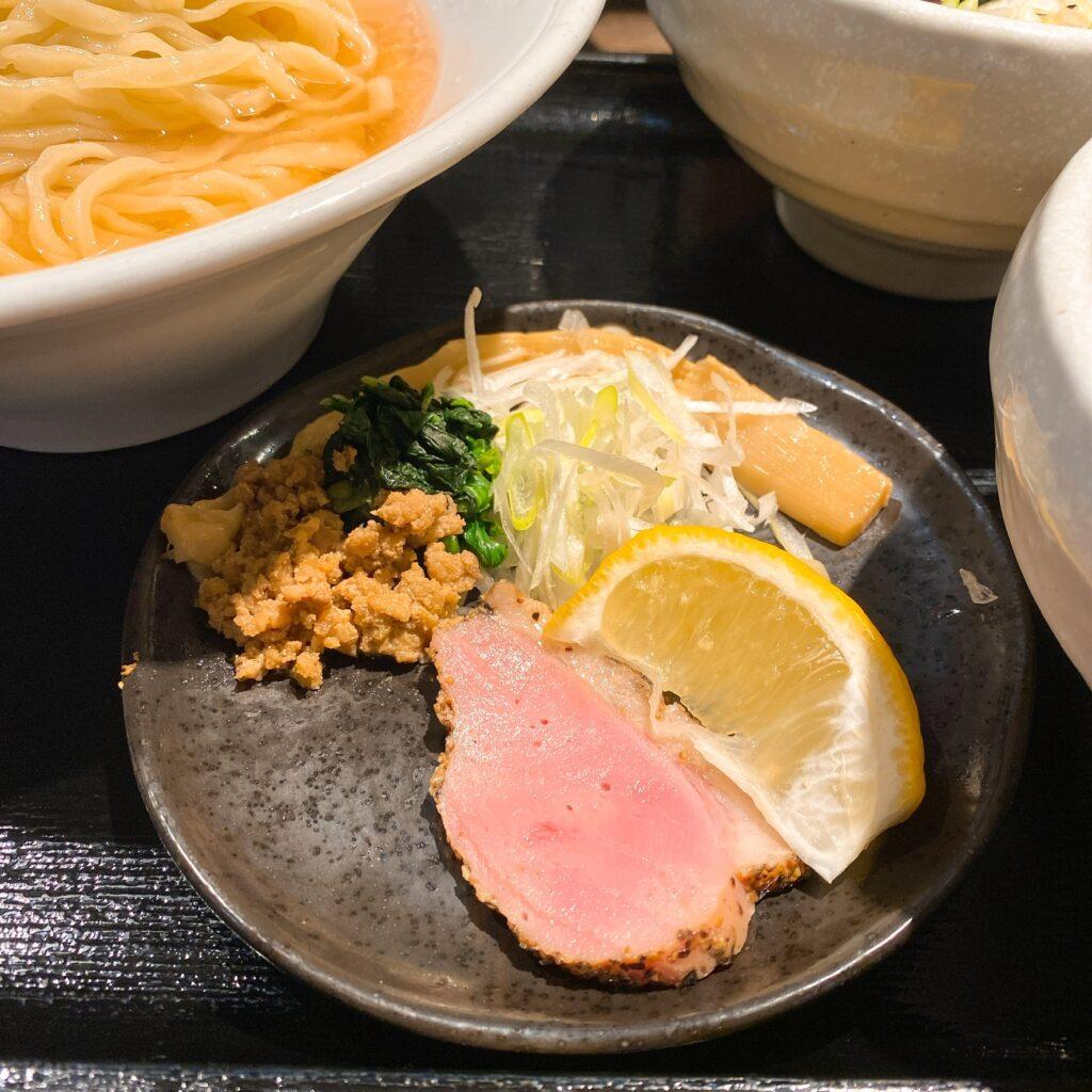 鴨出汁中華蕎麦 麺屋yoshikiのトッピング