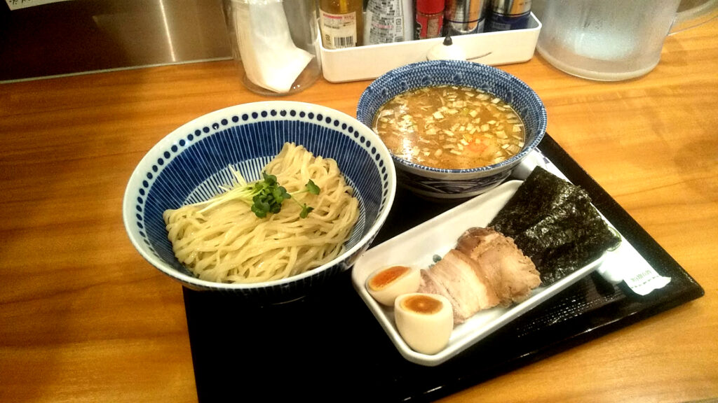らーめん海壱の特製つけ麺の写真