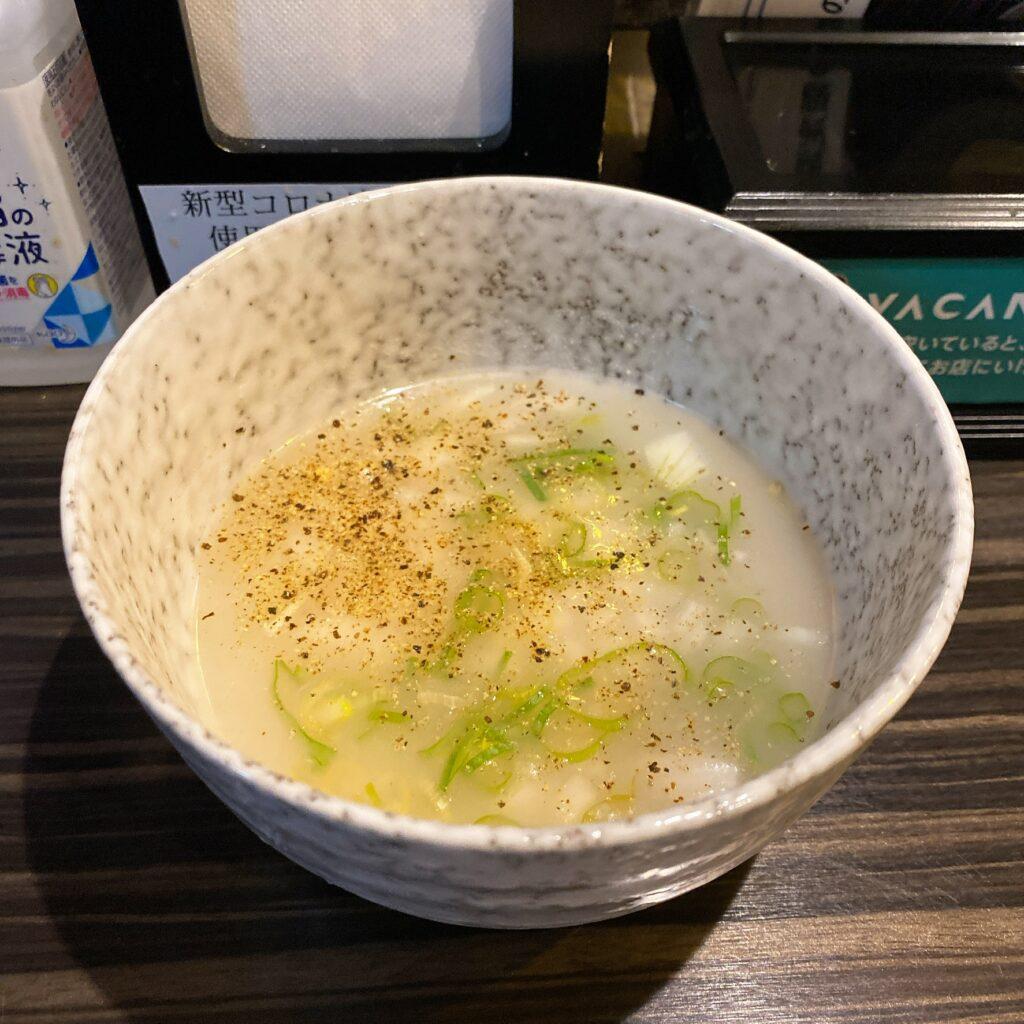 志奈そば田なかのスープ