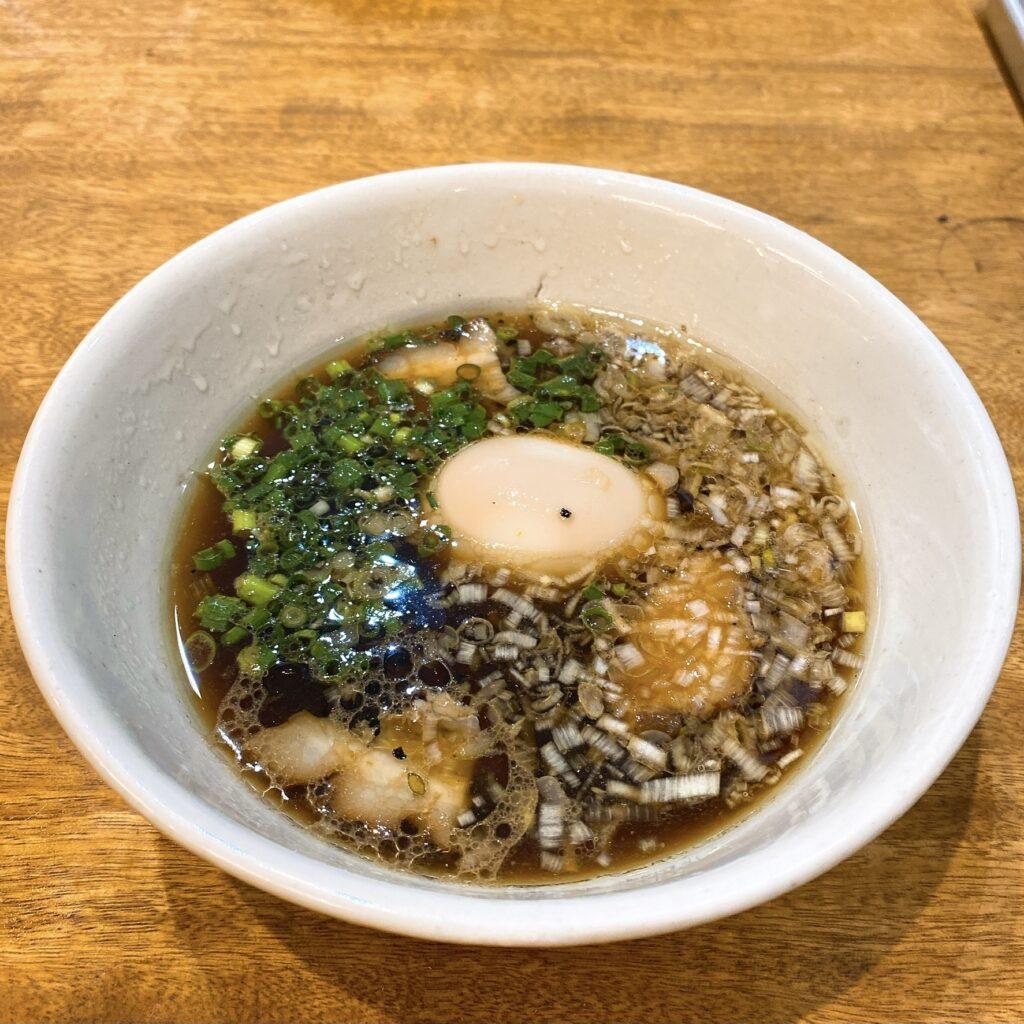 麺尊RAGEのスープ