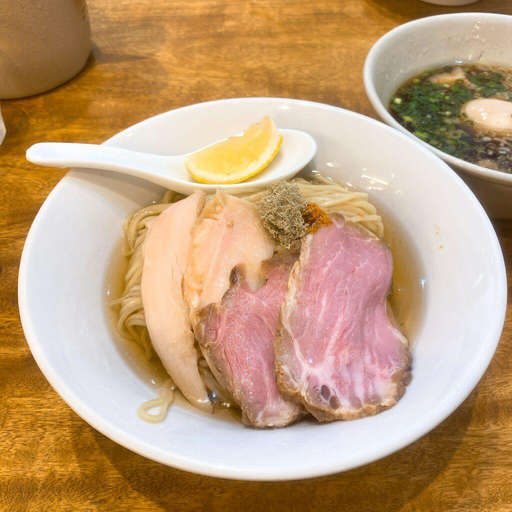 麺尊RAGEの麺