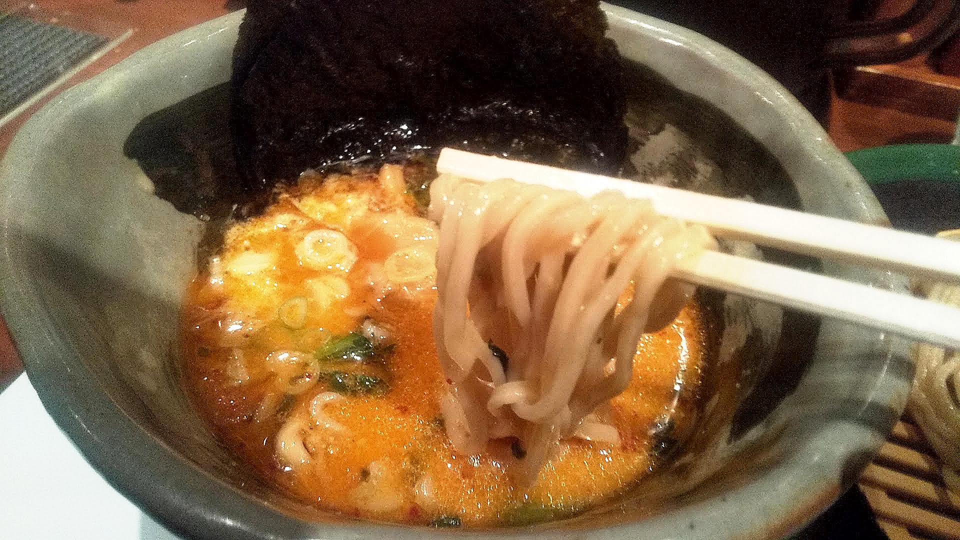 吉祥寺真風の鯛塩つけ麺の麺リフト写真