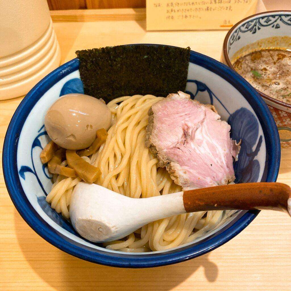 ラーメントウカンヤの麺