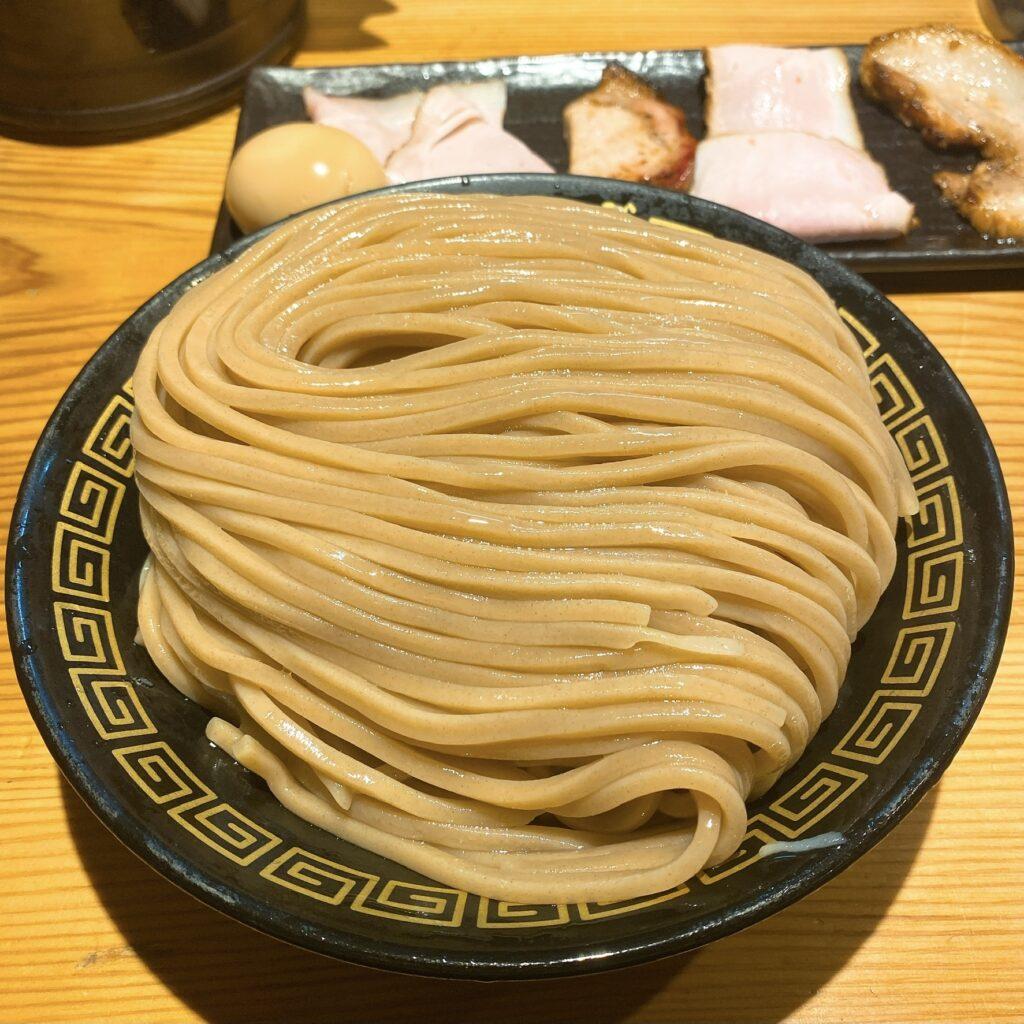 中華蕎麦 うゑずの麺