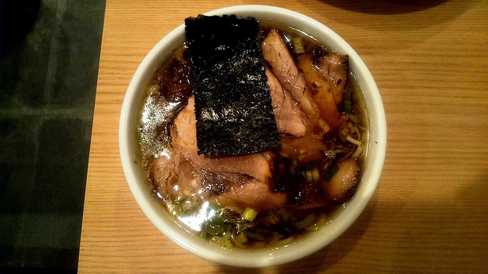 麺屋麦ゑ紋のつけ麺のつけ汁の写真